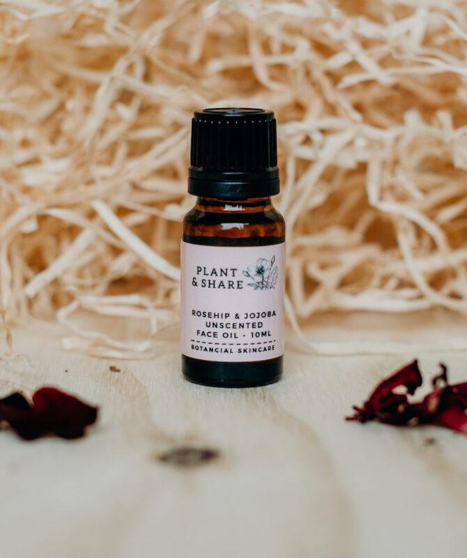 rosehip and jojoba face oil sample